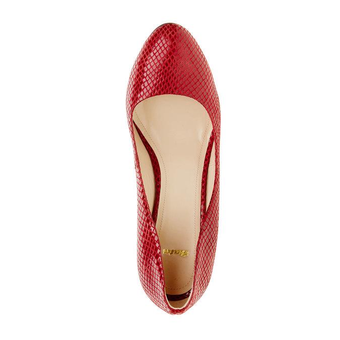 Červené kožené lodičky bata, 724-5443 - 19