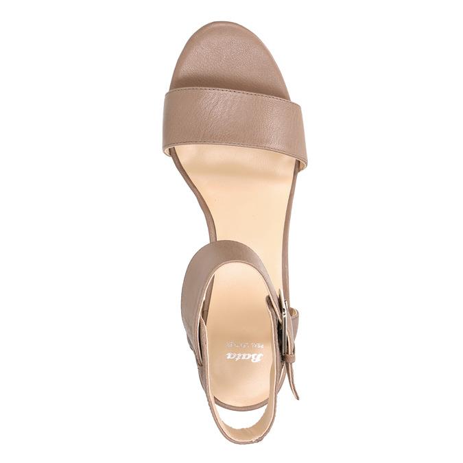 Kožené sandály na klínku bata, hnědá, 666-4607 - 26