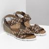Kožené pletené sandály na klínku hnědé bata, hnědá, 666-4622 - 26