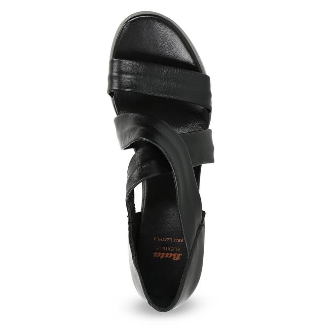 Černé kožené sandály na klínku flexible, černá, 664-6618 - 17