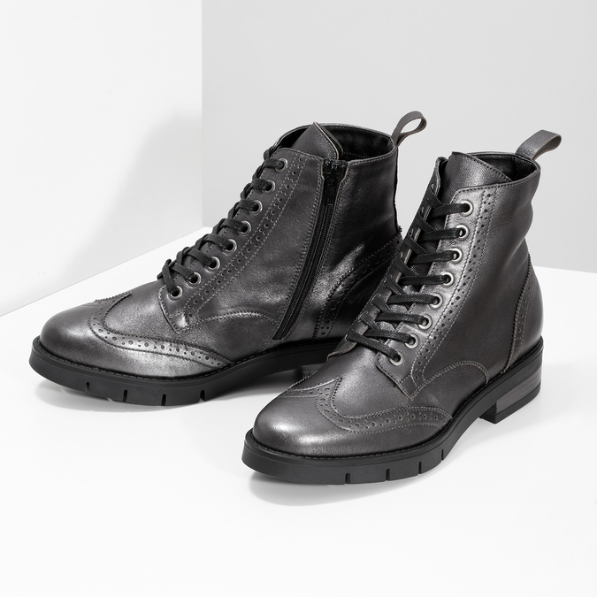 Dámská kotníčková obuv kožená metalická flexible, stříbrná, 596-6695 - 16