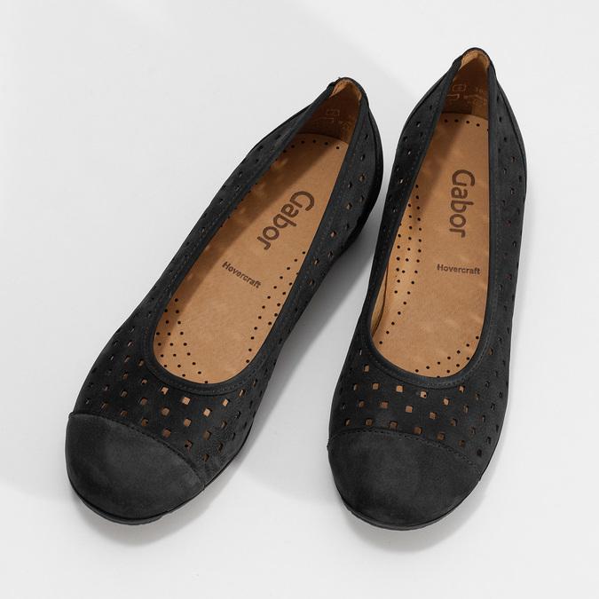 Černé perforované baleríny z broušené kůže gabor, černá, 516-6621 - 16
