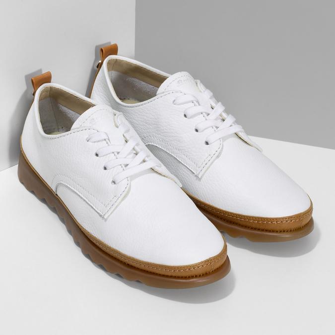 Bílé kožené tenisky s hnědými detaily comfit, bílá, 516-8616 - 26