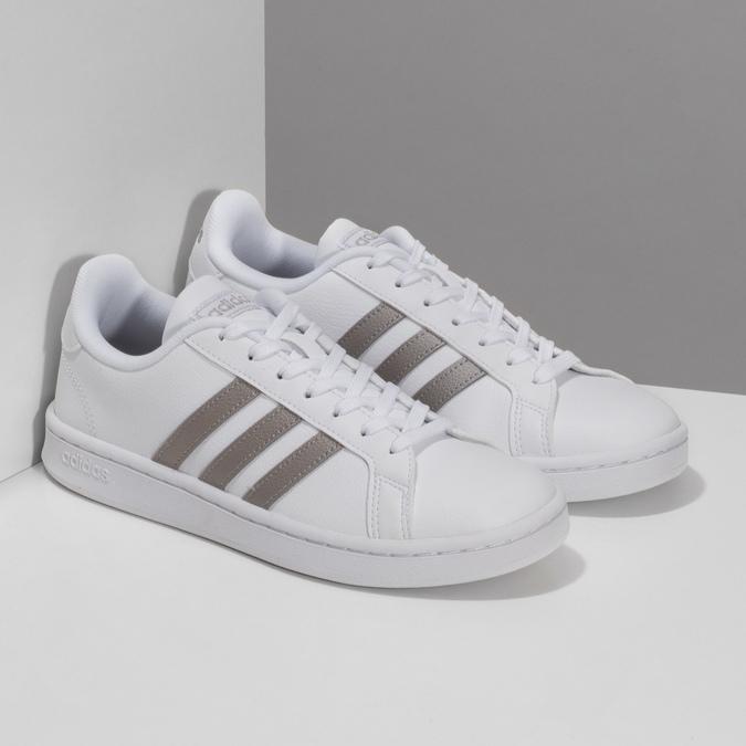 Bílé dámské ležérní tenisky adidas, bílá, 501-1249 - 26