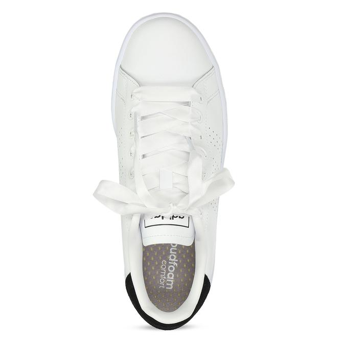 Dámské bílé ležérní tenisky s perforací adidas, bílá, 501-1231 - 17