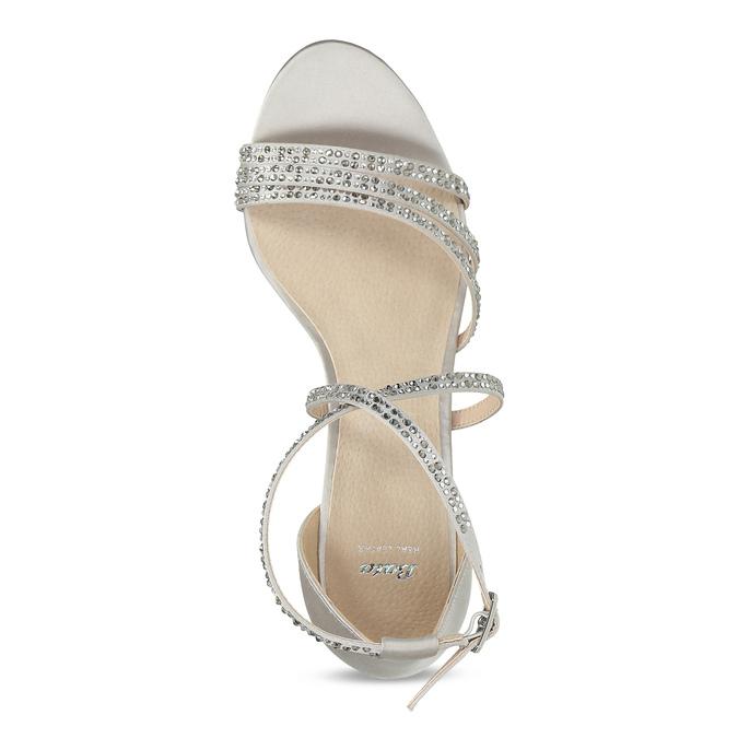 Stříbrné sandály na podpatku s kamínky bata, stříbrná, 729-1609 - 17