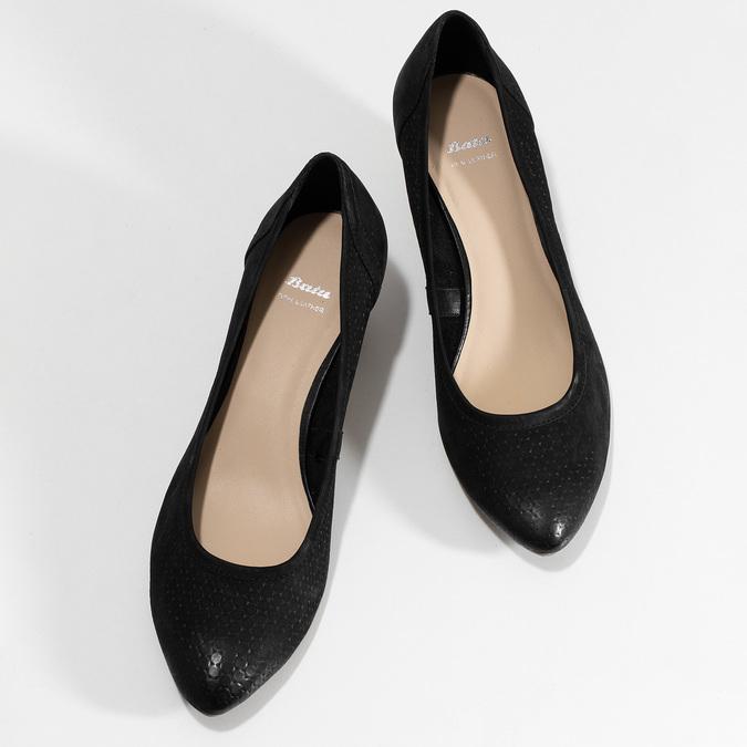 Černé kožené lodičky na přírodním klínku bata, černá, 626-6602 - 16