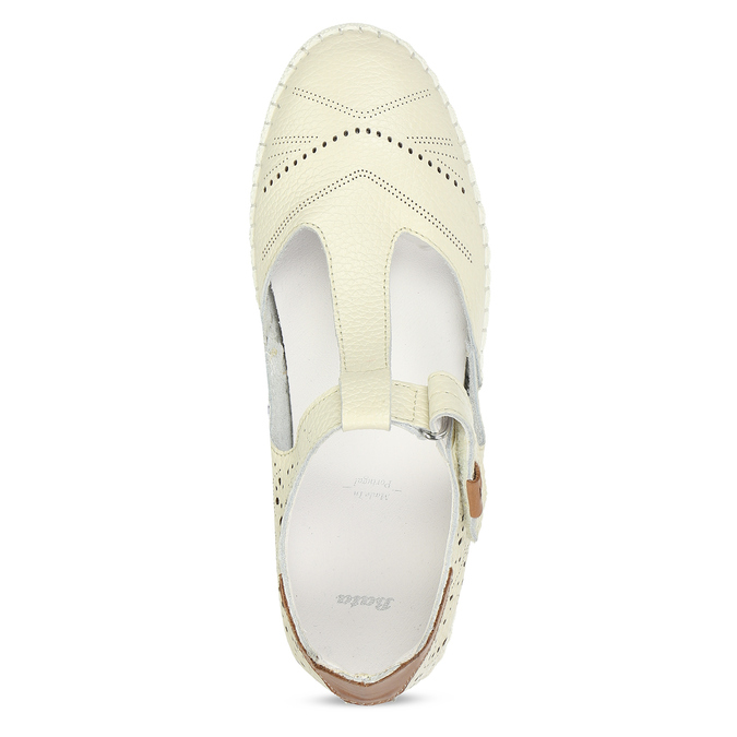Dámské kožené bílé volnočasové baleríny s perforací bata, bílá, 524-1614 - 17