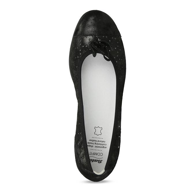 Černé kožené baleríny s perforací a mašličkou comfit, černá, 526-6607 - 17