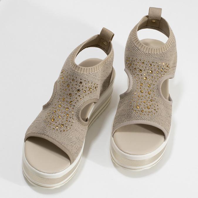 Béžové sandály na flatformě bata-light, zlatá, 669-8625 - 16