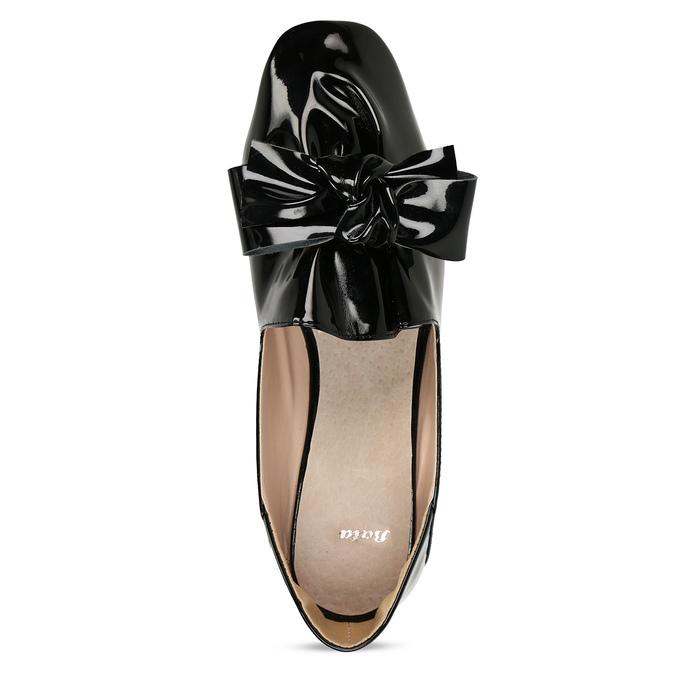 Černé dámské lakované baleríny s mašlí bata, černá, 521-6614 - 17